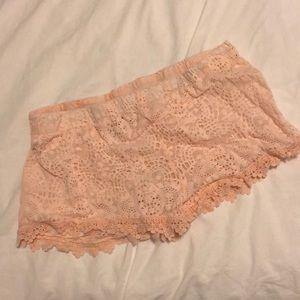423cf5eefb7 Ripped collar denim jacket GAP Dry goods lace pink shorts ...